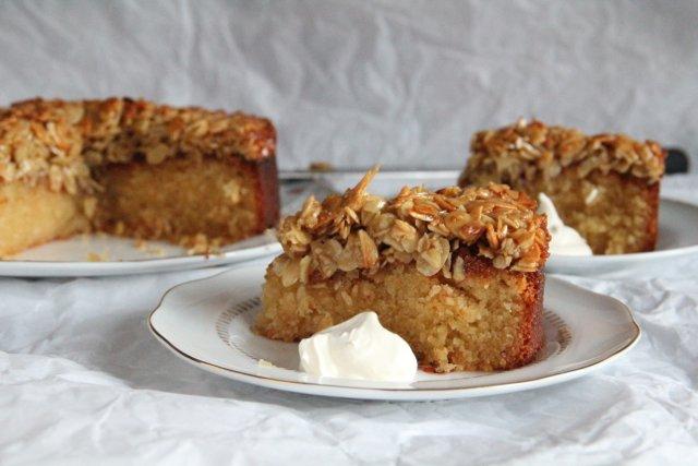 Swedish Tosca Cake / Toscakaka Cake