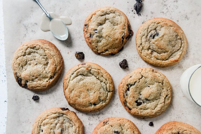 chewy caramel chocolate cookies